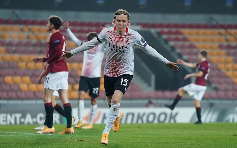 The Red-and-Black Devil punishes Sparta Praha tohell